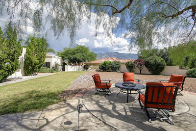 Single Family Home For Sale: 64272 E Round Robin Lane