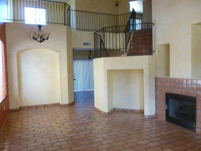 Tucson Single Family Home For Sale: 8765 E Chimney Spring Drive