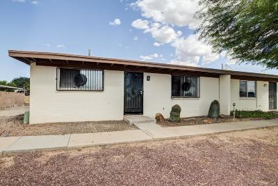 Pima County Townhouse For Sale: 4028 S Lazy Palm Drive