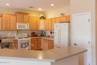 Sahuarita Single Family Home For Sale: 443 W Calle Sedillo