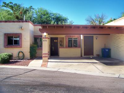 Tucson Townhouse For Sale: 8136 E Rivenoak Drive