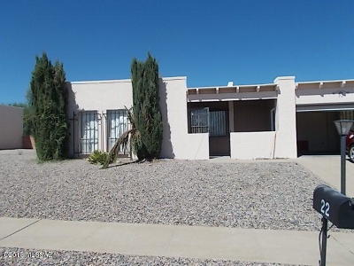 Green Valley Single Family Home Active Contingent: 22 W Calle Melendrez
