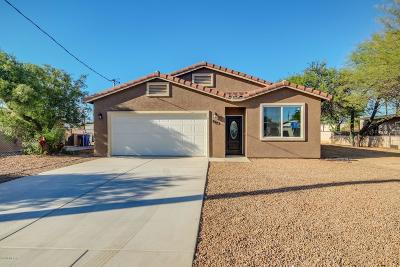 Single Family Home Active Contingent: 5723 E 23rd Street