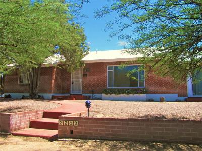 Tucson Single Family Home For Sale: 2202 E La Mirada Street