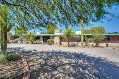 Single Family Home Active Contingent: 5757 E South Wilshire Drive