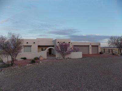Santa Cruz County Single Family Home For Sale: 19 La Montana Corte