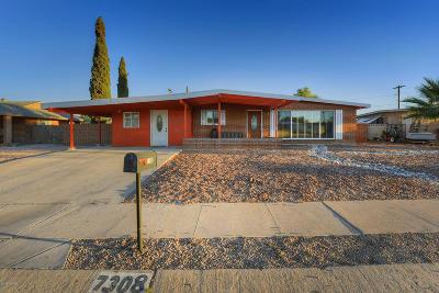Single Family Home For Sale: 7308 E Calle Lugo