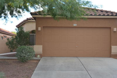 Single Family Home For Sale: 396 E Camino Del Pinsapo