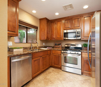 Pima County Single Family Home For Sale: 620 W Kidd Place