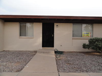 Pima County, Pinal County Townhouse For Sale: 3930 S Desert Spring Drive