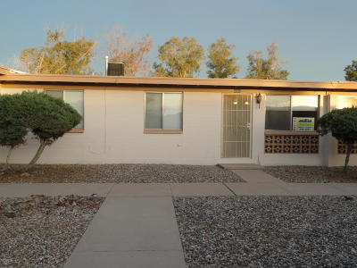 Pima County Townhouse For Sale: 4005 S Queen Palm Drive