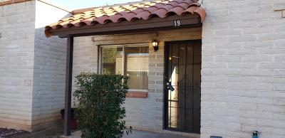 Pima County, Pinal County Condo For Sale: 211 W Roger Road #19