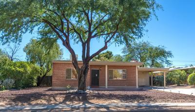 Single Family Home For Sale: 1122 E Seneca Street