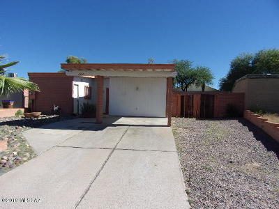 Tucson Single Family Home Active Contingent: 6944 N Northpoint Drive