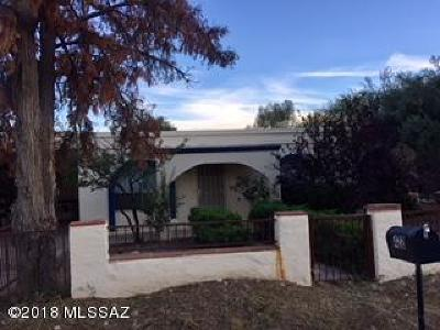 Rio Rico Single Family Home For Sale: 422 Sykes Circle