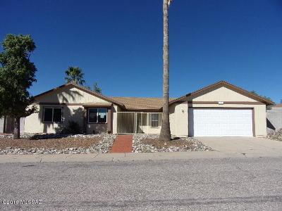 Tucson Single Family Home Active Contingent: 10015 E Nicaragua Lane