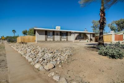 Tucson Single Family Home Active Contingent: 2770 W Placita Del Santo