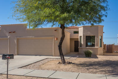 Oro Valley Townhouse For Sale: 8119 N Peppersauce Drive