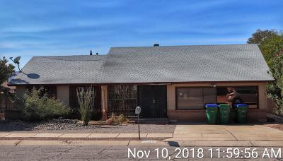 Tucson Single Family Home Active Contingent: 6281 N Thyme Place
