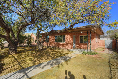 Single Family Home For Sale: 1215 E 12th Street