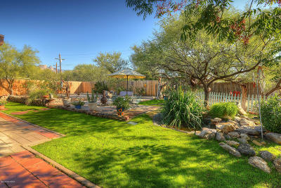 Single Family Home Active Contingent: 4360 N Bear Claw Way