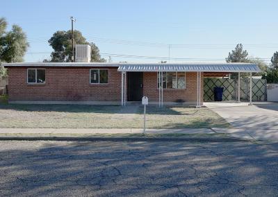 Pima County Single Family Home Active Contingent: 4726 E 25th Street