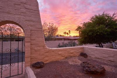Townhouse Active Contingent: 5270 N Pueblo Villas Drive