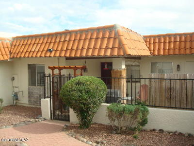 Pima County Townhouse Active Contingent: 5913 E Sun County Boulevard