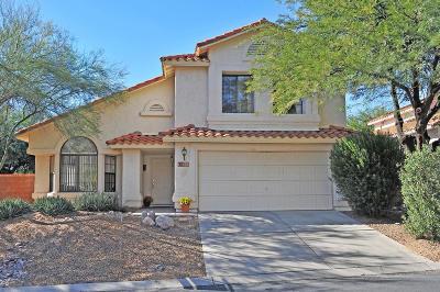 Pima County Single Family Home For Sale: 10241 N Oak Knoll Lane