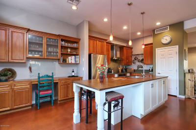 Single Family Home For Sale: 257 W Tabascoe Place