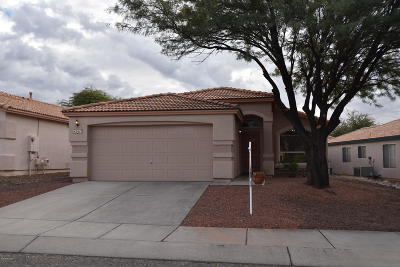 Pima County Single Family Home Active Contingent: 3513 W Camino De Urania