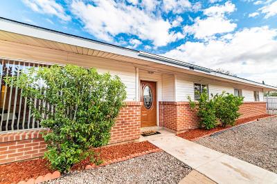 Single Family Home For Sale: 2550 N Vine Avenue