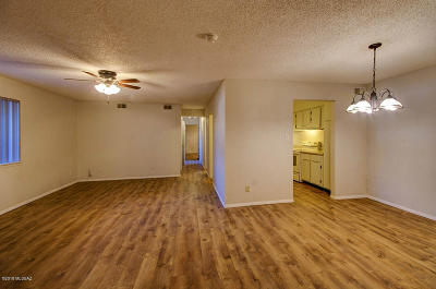 Pima County Condo For Sale: 461 W Yucca Court #301