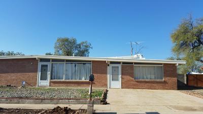 Pima County, Pinal County Single Family Home For Sale: 8411 E Baker Street
