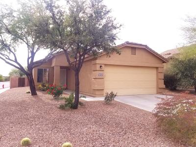 Green Valley Single Family Home Active Contingent: 637 W Cholla Crest Drive