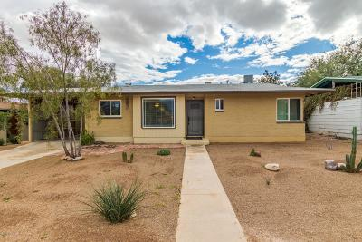 Single Family Home Active Contingent: 5524 E Rosewood Street