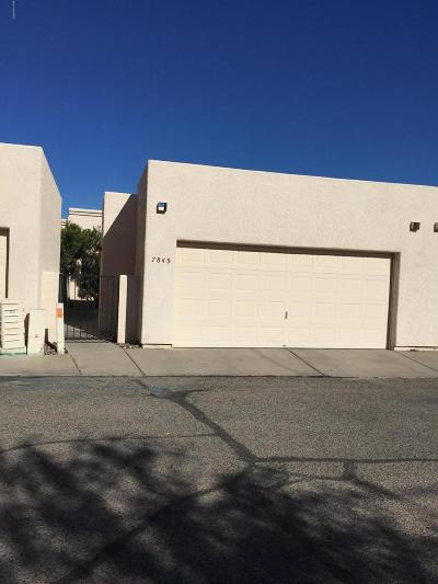 Pima County, Pinal County Townhouse Active Contingent: 7843 E Roget Drive