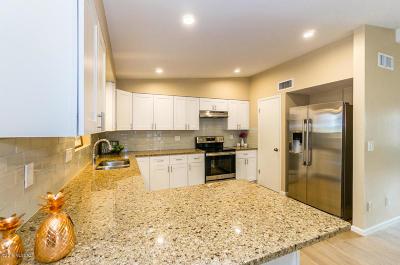 Green Valley Single Family Home For Sale: 225 E La Huerta