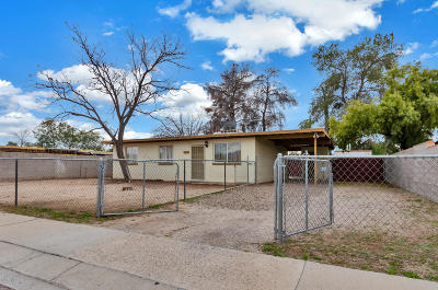 Tucson Single Family Home Active Contingent: 4562 E 31st Street