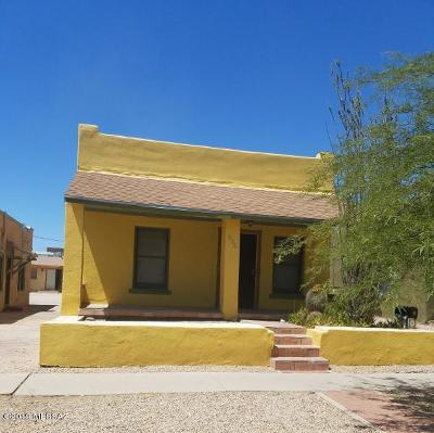 Single Family Home Active Contingent: 835 E 8th Street