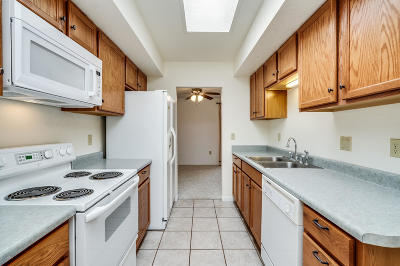 Green Valley Townhouse For Sale: 383 N Calle Chancero