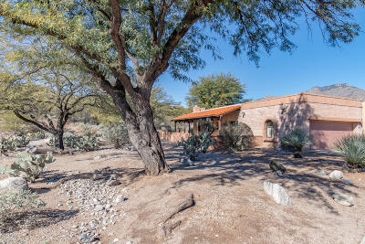 Tucson Townhouse Active Contingent: 5441 N Via Frassino