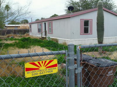 Pima County Manufactured Home Active Contingent: 909 W Garnette Street