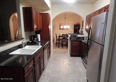 Tucson Condo For Sale: 2550 E River Road #3201