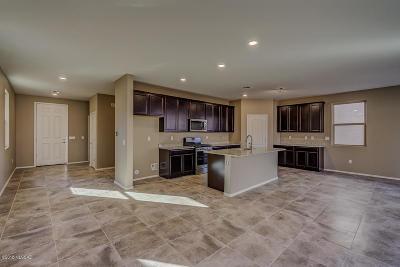 Tucson Single Family Home For Sale: 9593 S Trapper Ridge Drive
