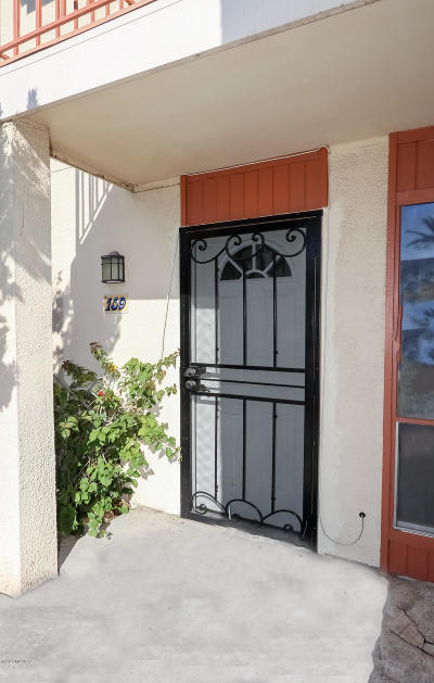 Tucson Condo For Sale: 1600 N Wilmot Road #159