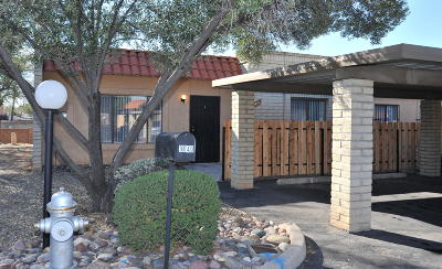 Pima County, Pinal County Townhouse For Sale: 9040 E Calle Diego