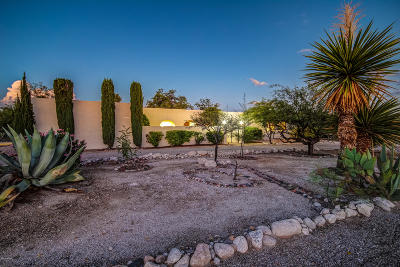 Tucson Single Family Home Active Contingent: 8200 E Camino Herradura