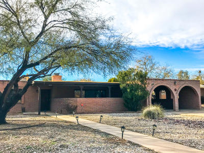 Pima County, Pinal County Single Family Home For Sale: 3315 N Manor Drive