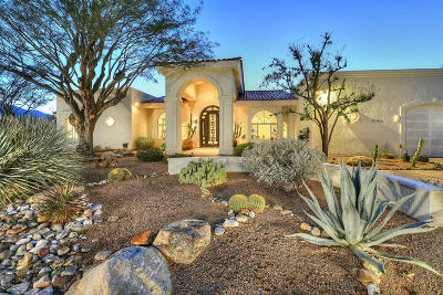 Single Family Home Active Contingent: 6140 N Paseo Zaldivar